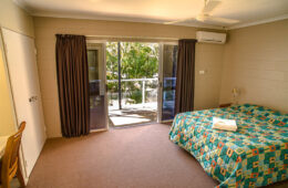 Sea Eagles Beach Resort | Beach Side Accommodation Mackay Hay Point
